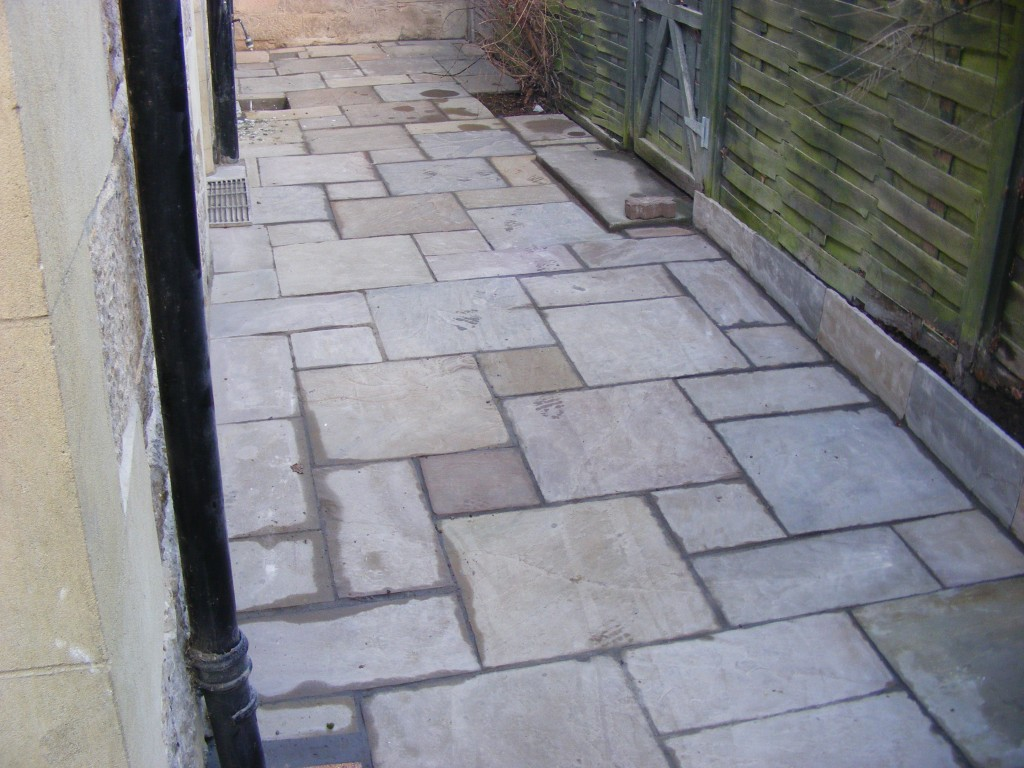Paving and slabbing east coast gardens north berwick for Garden design east lothian